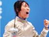 津门女剑客 金牌佩胸前